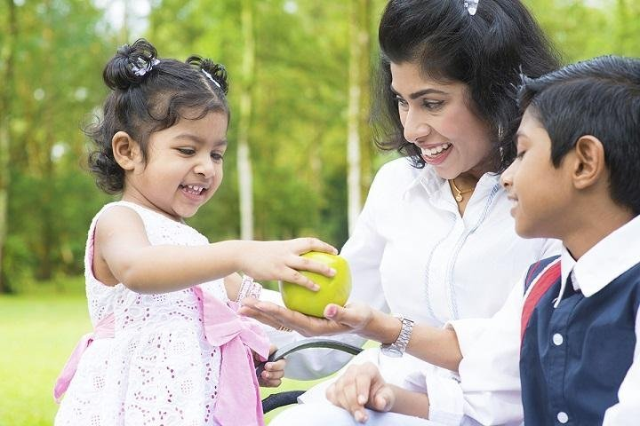 10 Powerful Life Lessons We Should Teach Our Children