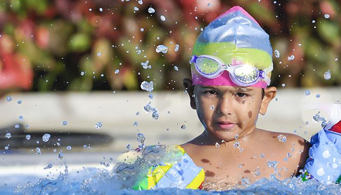 7 essential swimming pool rules that all parents must know and teach their child