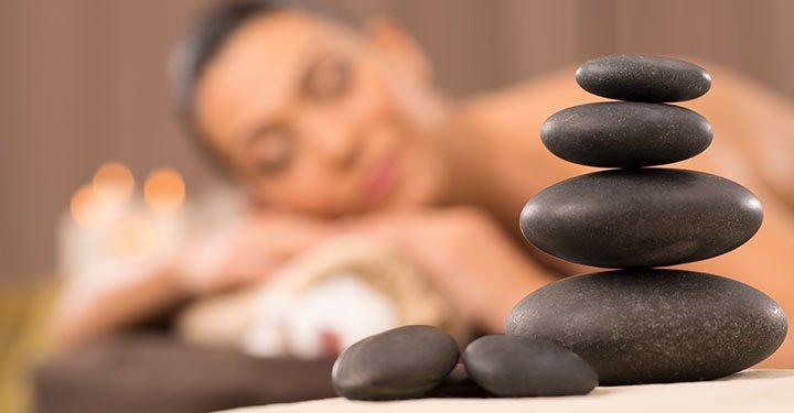 5 Little Known Health Benefits Of Hot Stone Therapy