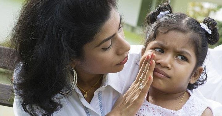 10 Common Mistakes of Overprotective Parents