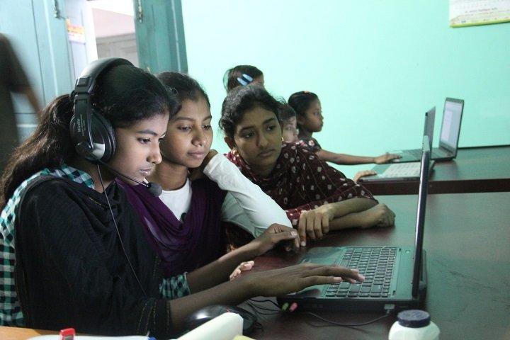 Online Tutoring: How It Benefits Your Child