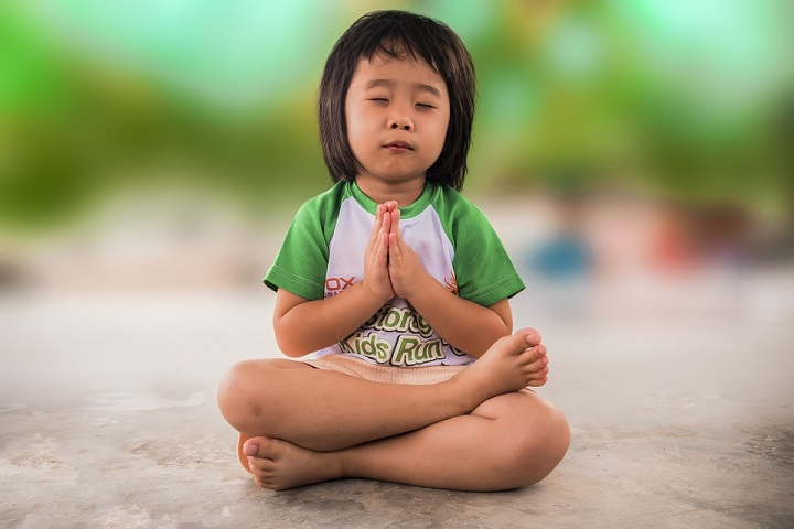 Teaching Your Child the Importance of Prayer