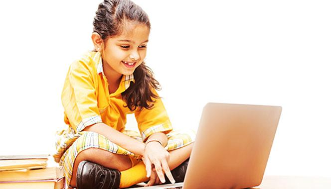 Developing Positive Virtual Teacher–Student Relationships