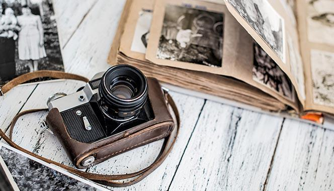 From photo albums to digital media: How can children learn to value special memories