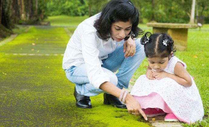 Parenting dilemmas: When to sidestep and when to intervene in your child's play