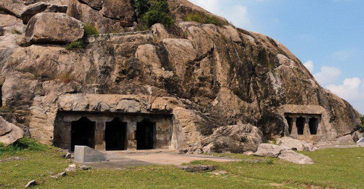 Art historian daddy takes his son on a heritage discovery trip to the caves of Kanchipuram